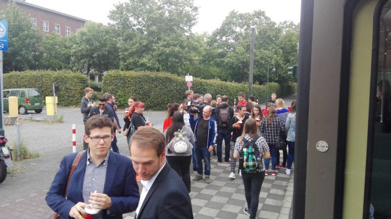 Pokémon Go Tour Düsseldorf: Pause am Polizeipräsidium